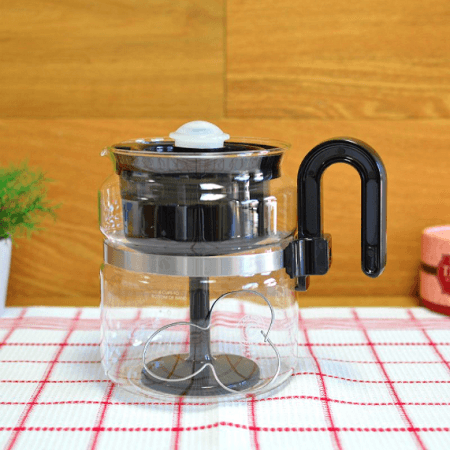 Medelco 8 Cup Coffee Percolator On Table