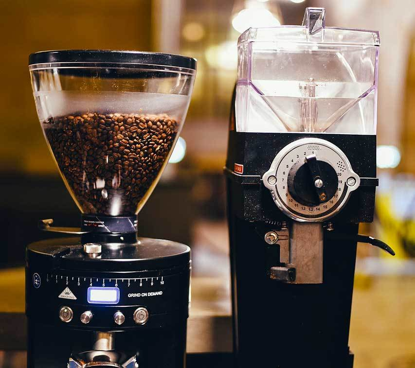 Complete Guide To The Best Burr Grinder For French Press - Featured Image